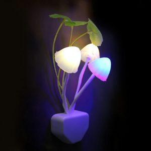 Lampe champignon champignon veilleuse ue & US prise capteur de lumière AC110V-220V 3 LED lampe champignon coloré Led veilleuses pour bébé