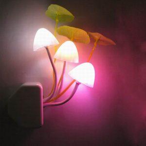 Nouveauté créative veilleuse ue/US Plug capteur de lumière 3LED coloré champignon lampe Led AC110V-220V couleur veilleuses