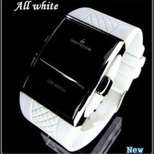 Sport numérique montres 2019 nouveau élégant hommes noir Rentangle cadran LED électronique horloge Silicone bracelet de montre chaude erkek kol saati