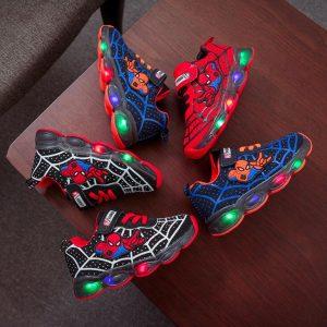 Chaussure lumineuse Led à l'effigie de Spiderman pour enfant et bébé,baskets de sport légères en maille avec lumière pour fille et garçon,