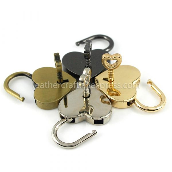 1 Pcs Heart Shape Vintage Metal Mini Padlock Bag Suitcase Luggage Box Key Lock With Key